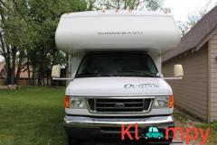 2006 Winnebago Outlook 1 slide ONLY 19700 MILES 32 Feet - Image 1/12