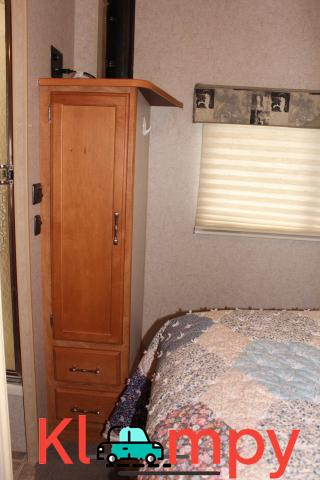 2006 Winnebago Outlook 1 slide ONLY 19700 MILES 32 Feet - 8/12