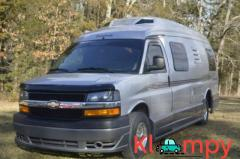 2009 Roadtrek 210 Popular 22ft Roadtrek Garage kept