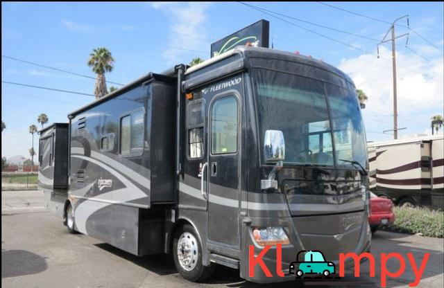 2007 Fleetwood Discovery Diesel 4 Slide Outs 39L - 1/12