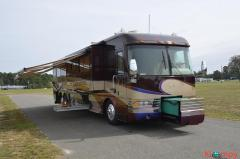 2004 Country Coach CAT Diesel Class A Magna 42FT