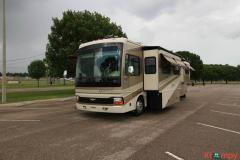 2006 Fleetwood Discovery 39S Class A Diesel