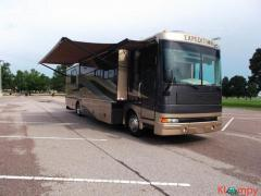 2005 Fleetwood Expedition 38N Class A
