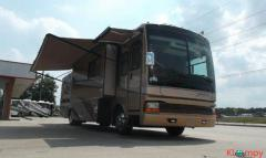 2005 Fleetwood Discovery 39S Class A