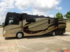 2015 Fleetwood Motorhome Discovery 37R Class A