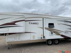 2008 Carriage Cameo 35FD3 Fifth Wheel