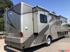 2005 Country Coach Inspire 36FT Class A