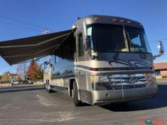 2003 Country Coach Affinity 42FT Class A