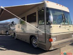 1999 Country Coach Allure Class A 32FT