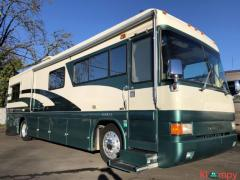 1997 Country Coach Intrigue 36' 36FT