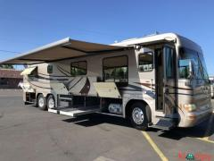 2004 Country Coach Intrigue 38FT
