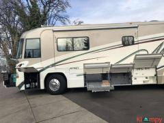 2001 Country Coach Affinity Class A