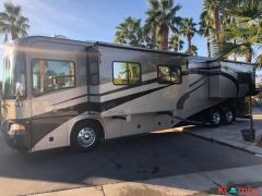 2005 Country Coach Allure 470 Class A 42FT