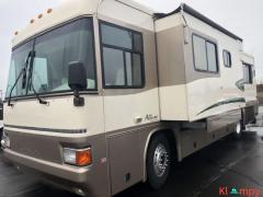 2000 Country Coach Allure 32FT Class A