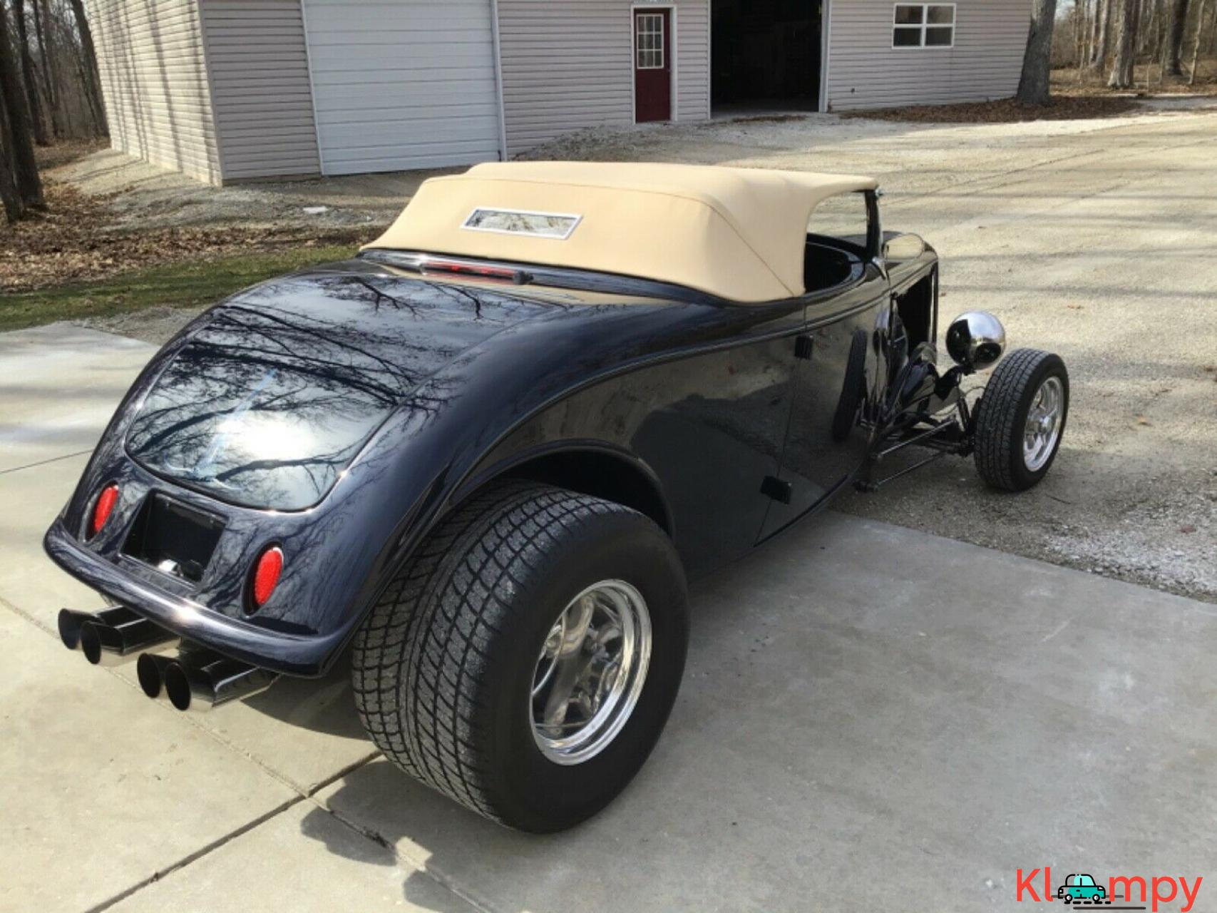 1933 Ford 40 Roadster Hot Rod - 2/20