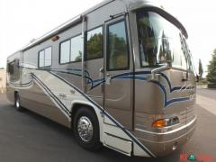 2001 Country Coach Magna 36FT