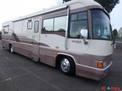 1993 Country Coach Magna Class A 36FT