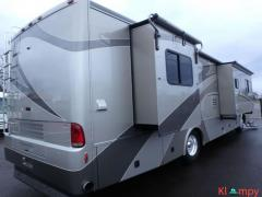 2005 Country Coach Inspire Siena 36FT Class A