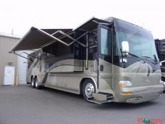2005 Country Coach Intrigue Kona 42FT