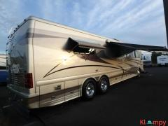 2003 Country Coach Magna Class A Resort 42FT