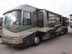 2004 Country Coach Magna 42FT Chalet