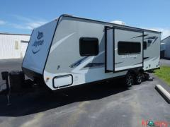 2017 Jayco Jay Feather 22FQSW Travel Trailer