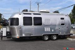 2016 Airstream Flying Cloud 23D Travel Trailer