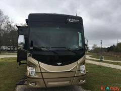 2014 Fleetwood Discovery 40G Class A
