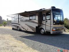 2005 Fleetwood Discovery 39S Diesel Class A 330HP