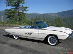 1963 Ford Thunderbird Two Tone Blue