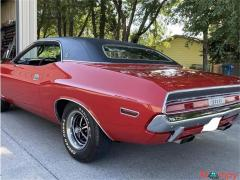 1970 Dodge Challenger RT 383 4-barrel