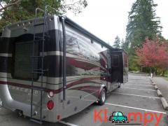 2013 Coachmen CONCORD 300TS-FORD