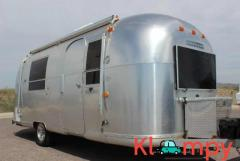 1968 Airstream Vintage Travel Trailer Sleeping Capacity: 4