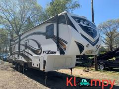 2013 KEYSTONE FUZION 35' TOY HAULER DOUBLE SLIDES