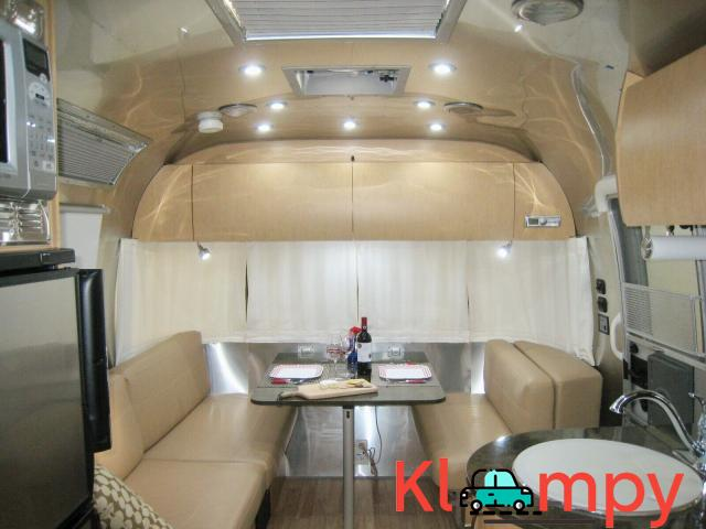 2015 Airstream Flying Cloud - 8/12
