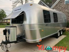 2005 Airstream Safari 25SS Travel Trailer