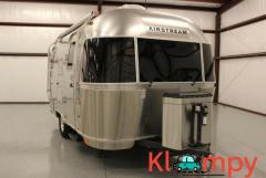 2013 Airstream Flying Cloud Bambi - Image 6/12