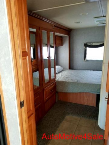 2007 Gulfstream Endura Duramax Diesel Super C RV 35 FT - 4/5