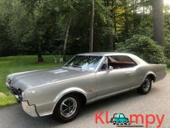 1967 Oldsmobile 442 Holiday Coupe - Image 6/12