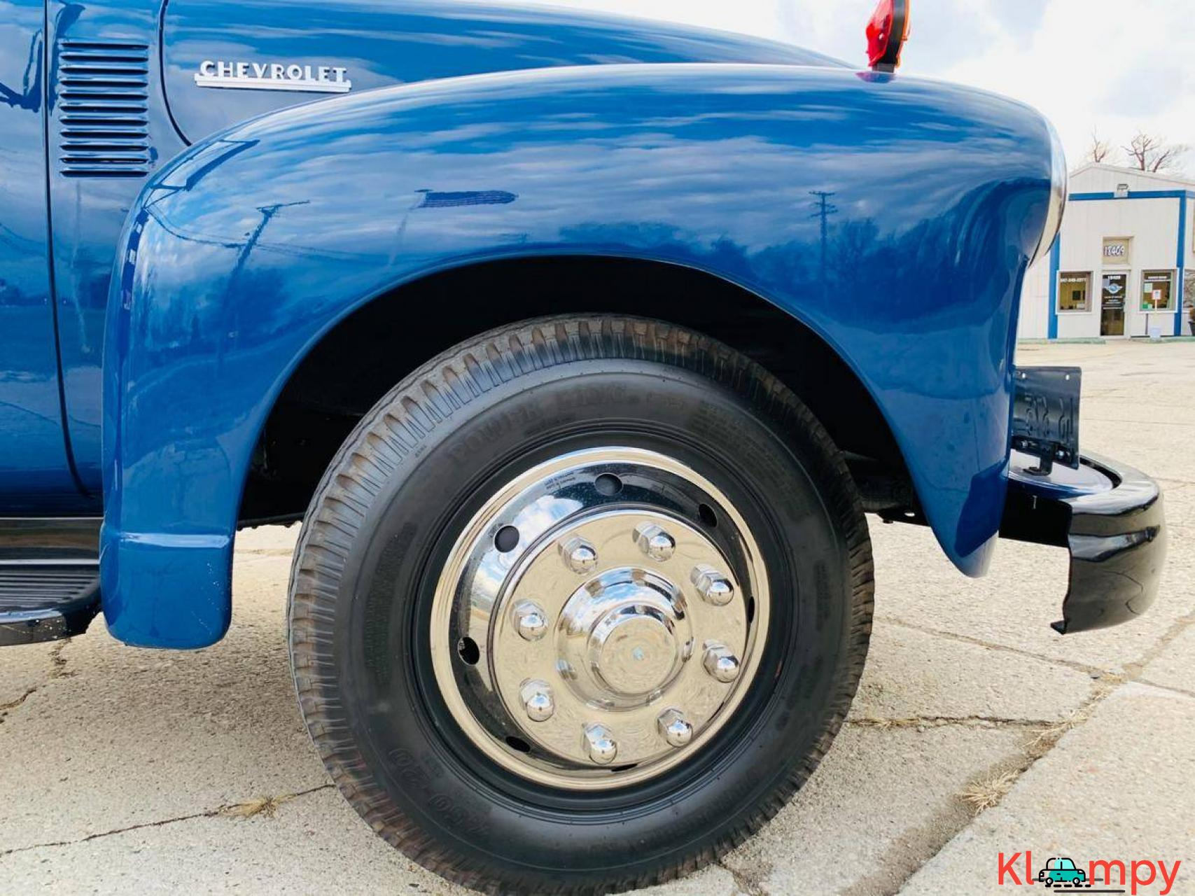 1951 Chevrolet Flat Bed Truck 235  6 CYL - 18/20