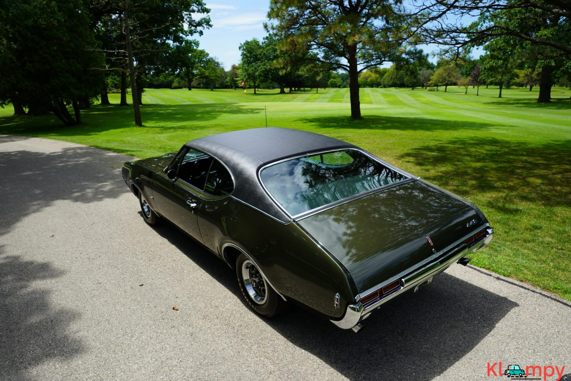 1968 Oldsmobile 442 Holiday Coupe Jade Gold - 11/28