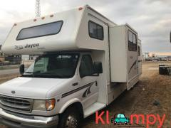 1999 Jayco Designer Model 3230 C Class RV 31 Feet