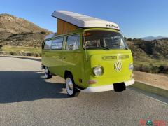 1970 Volkswagen Bus Vanagon Westfalia PopTop Camper 1600 Engine