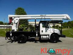 2005 International 4300 DT466 6CYL DIESEL 210 HP