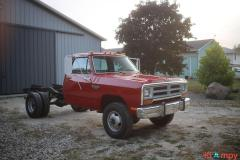 1989 Dodge Power Ram W350 4×4 Truck - Image 1/20