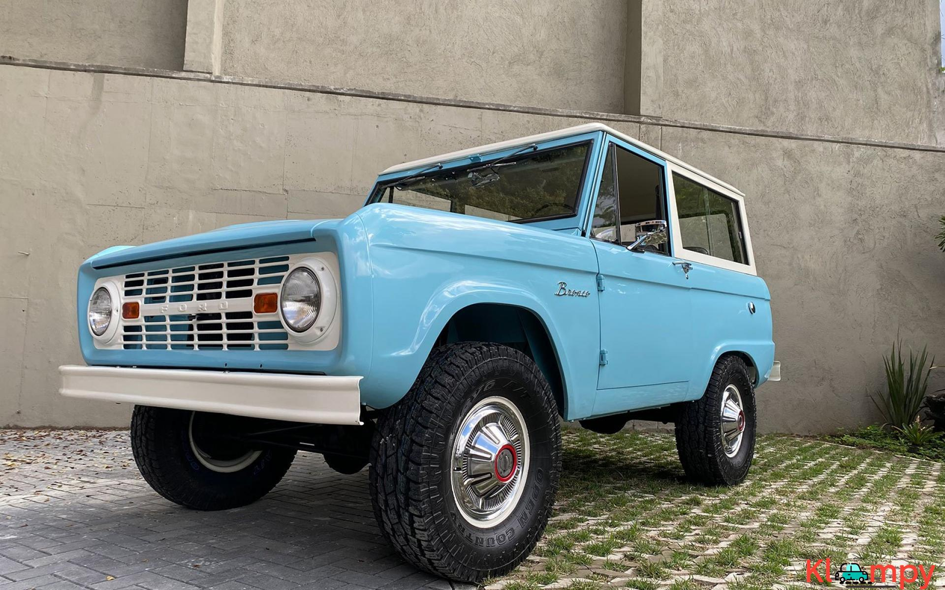 1967 Ford Bronco 170 Inline-Six - 2/21