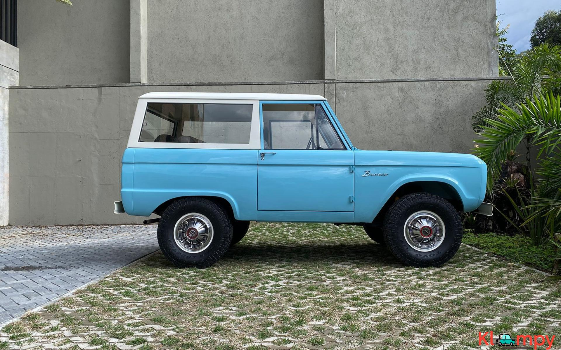 1967 Ford Bronco 170 Inline-Six - 6/21