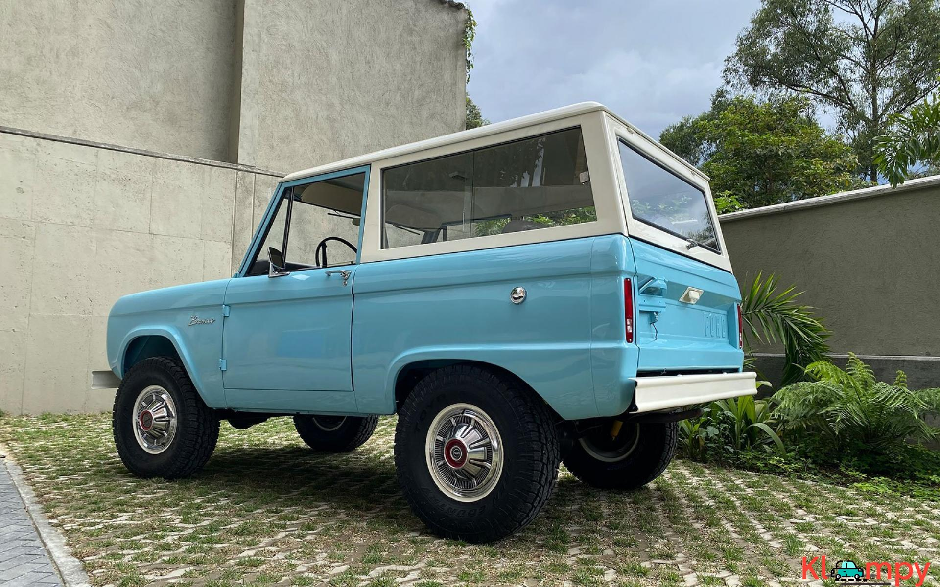 1967 Ford Bronco 170 Inline-Six - 8/21