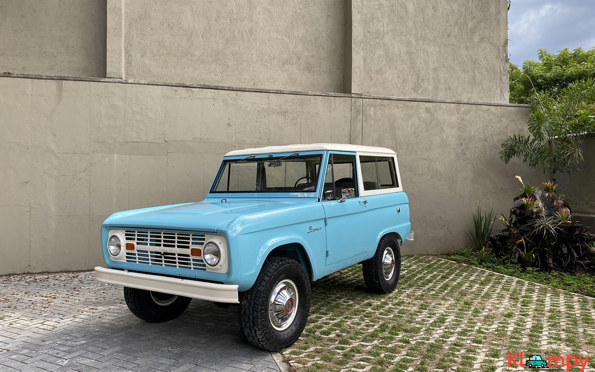 1967 Ford Bronco 170 Inline-Six - 9/21