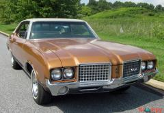 1972 Oldsmobile Cutlass Sport Sedan V8 - Image 3/20